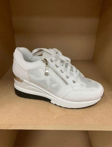 BY-1303 Trainers White