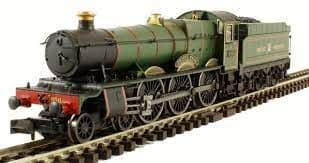 Dapol N Gauge GWR Lined Green Hall 4958