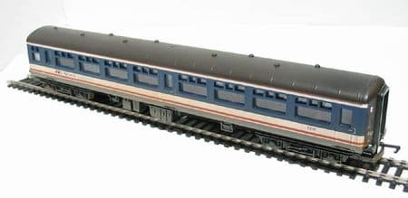Hornby BR Mk2A 2nd Class Open Coach 5261 Weathered