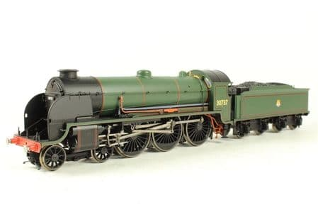 Hornby Cl 'King Uther' BR Lined Green Early - As New