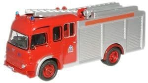 Oxfords Fire Engine with Flashing Lights (Battery Powered)