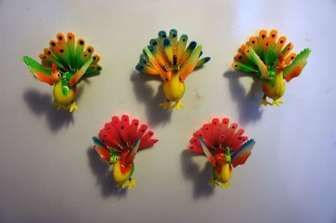 PEACOCK FRIDGE MAGNETS - 3D WIGGLY FUN MOVING COLOURFUL FRIDGE MAGNETS