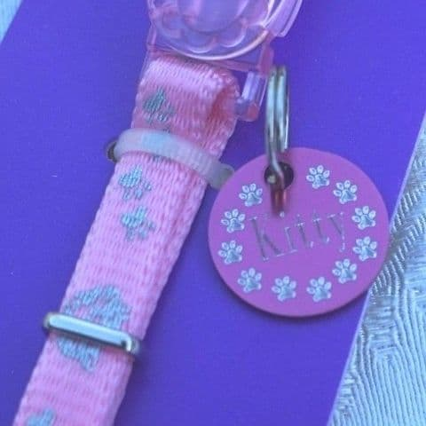 REFLECTIVE ROSEWOOD KITTEN SAFETY COLLAR BELL & MATCHING PINK ID TAG ENGRAVED