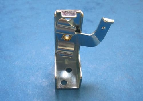 VENETIAN BLIND SWIVEL ARM TOP OR FACE FIXING BRACKET FOR TOP BOX SIZE APPROX 38mm
